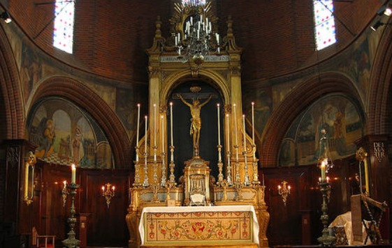 The Martin Travers High Altar with Travers Frontal